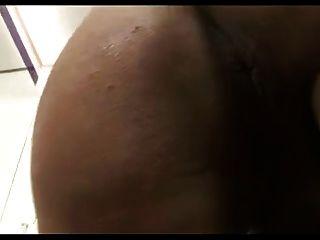 ts sexy brunette mit großen titten großen arsch und riesige schwanz cums