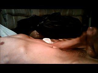 masturbieren zu zahlreichen trockenen Orgasmen, gefolgt von Cumshot