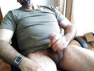Papa schießen große Last auf Bart
