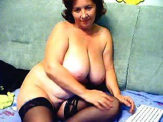 schöne Oma mit großen Titten