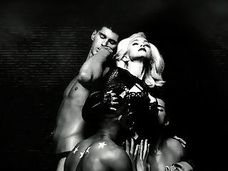 Mädchen gegangen wild xxx Porno Musik Video Blondine fucking