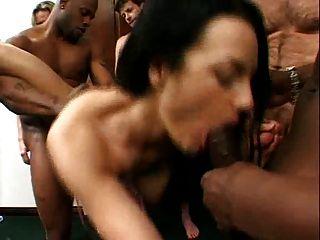 gangbang mit heißer sexy hure