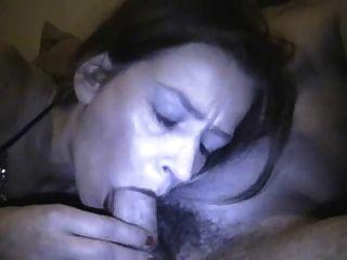 Milf Hahn saugen und Sperma schlucken