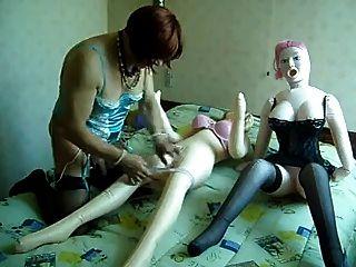 Tranny Freund von mir versucht zu ficken 2 Liebe Puppen
