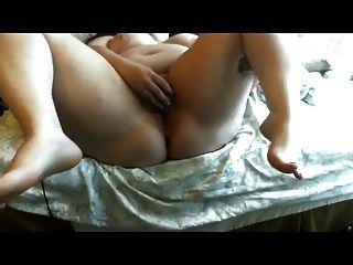hot fatty masturbiert auf cam