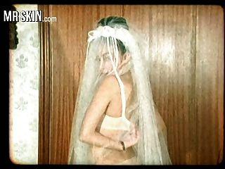 Berühmtheit Bräute, zerreißen ihre Kleider und ficken ihre Ehemänner!