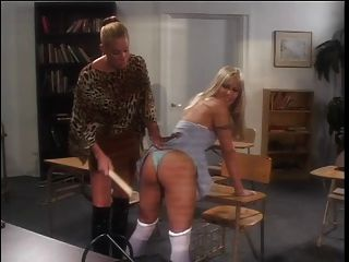 sexy Cheerleaderin von ihrem geilen Lehrer