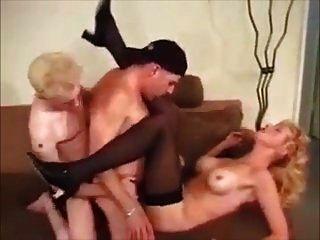 2 Bi-Jungs und ein Milf