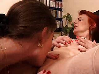 wilde Mädchen Pussy essen Orgasmus (von edquiss)