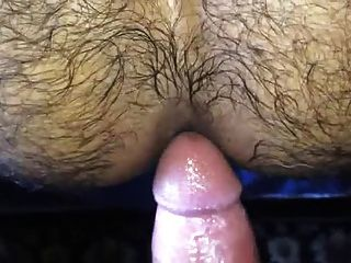 Follower und Inseminando un culo peludo caliente