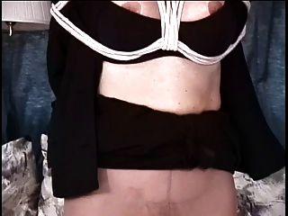 reife große Titten brunette hat ihre Pussy von ihrem Meister gehänselt