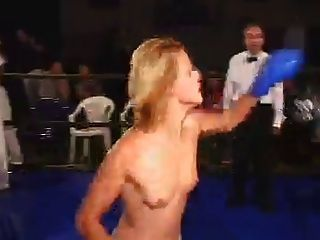 echtes topless boxing (2)