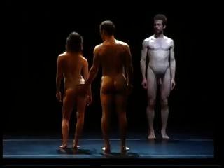 erotische Tanzperformance 6 nacktes männliches Ballett