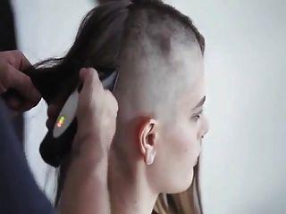 sexy Kopf rasieren