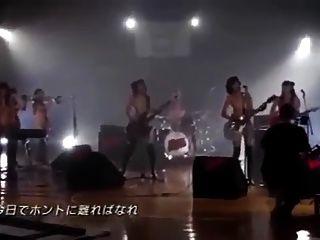 schöne japanische Mädchenband