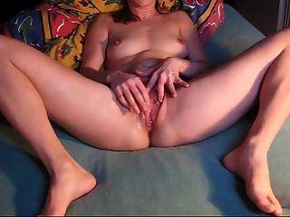 selbstherziger Orgasmus dänisch