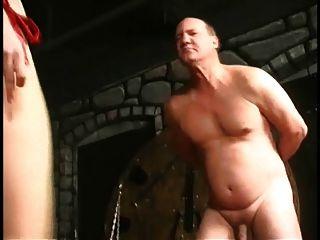 Folter zwei Opa