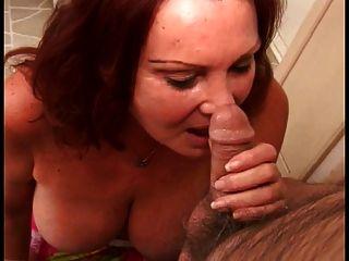 Redhead Oma mit großen Floppy Titten tiefen Kehlen alten fetten Kerl