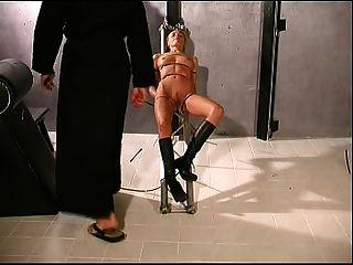 Fotze Folter
