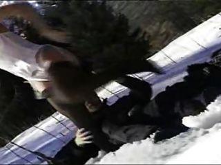 Sheila Stein im Schnee gefickt!