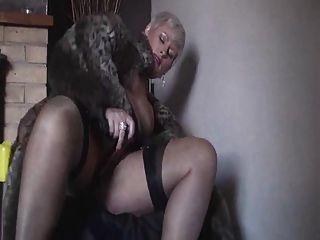 buxom blond ii