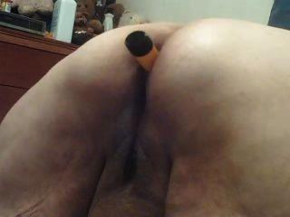 Vibe in meinem Arsch und neues Spielzeug auf mich verwendet