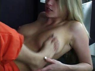 lesbische gefangene mit fußfetisch