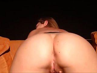 Amateur Orgasmen hart auf Arsch Peitsche