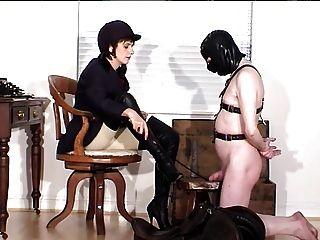 Herrin und ihr Sklave