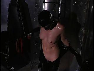dominatrix fickt ihren Sklaven