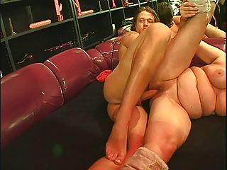einige große reife Saggy Titten