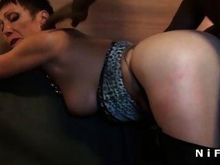 busty französisch reifen harten anal gefickt von zwei Jungs