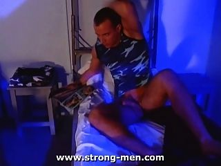 Muskelstock Masturbation