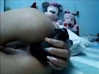 thai Mädchen toying und Fingersatz ihren Arsch und Pussy