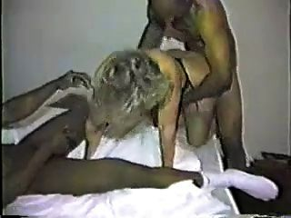 frau interracial gangbang