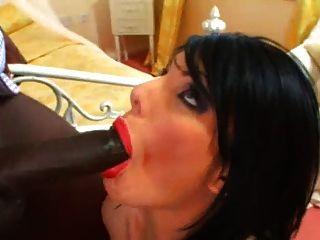 Milf Daisy Rock Riechen Hahn mit Lippenstift