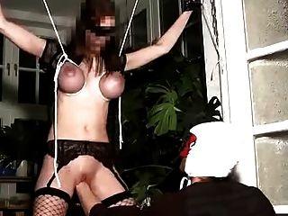 fistinchen geknebelt und pussy fisting