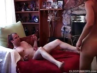 sexy reife Amateurpaar genießen einen Nachmittagsfreude
