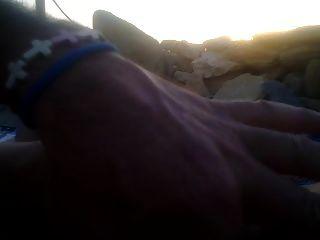 ein handjob für mich am strand am sonnenuntergang