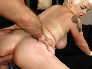kurzes Haar reifen liebt anal