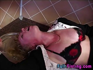 Anal Fisting Blondine Schlampe