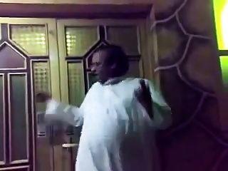 Bär Daddy Araber