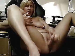 Große Masturbation meiner reifen Schlampenfrau