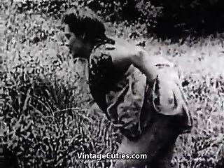 harter Sex in der grünen Wiese (1930er Jahrgang)