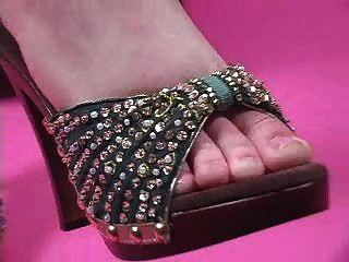Anbetung Nikkis Füße 3