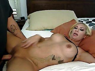 sexy blonde blowjob und fucking ihr Freund