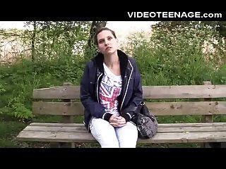 brunette teen lola ersten porno Casting