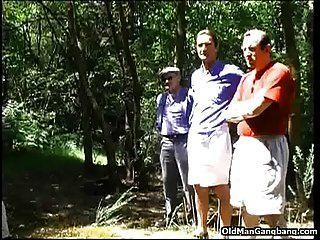 Überraschung ficken im Wald