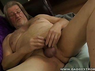 Chubby Daddy wichst ab