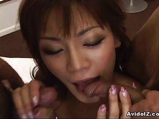 sexy asiatische Mädchen gehämmert durch Hahn!